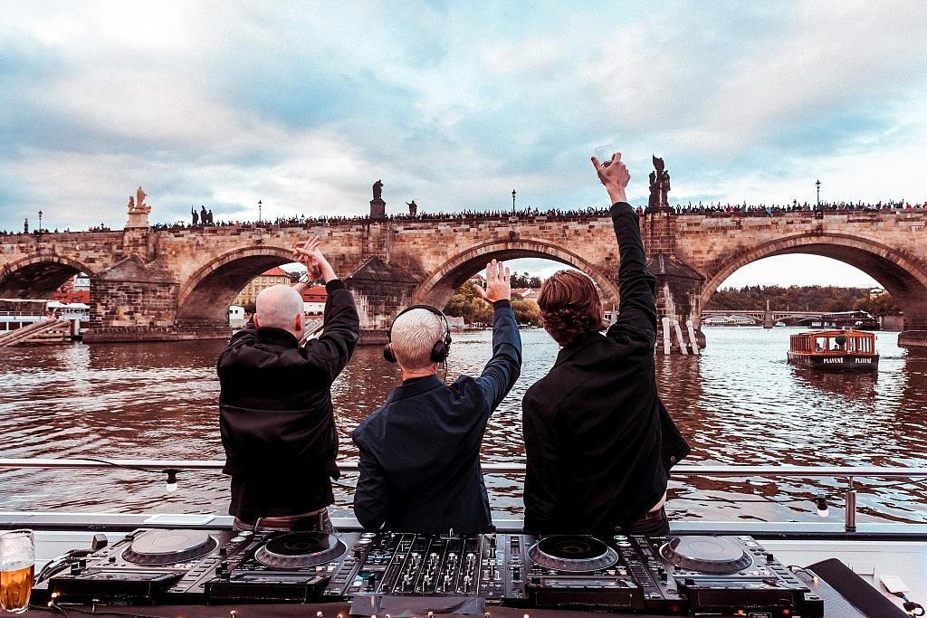 Above & Beyond Deep Set Boat Party